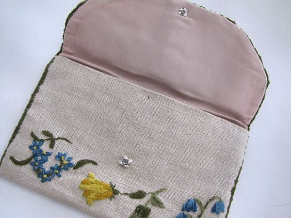 close up vintage hanky bag or purse handmade crewel work butterfly
