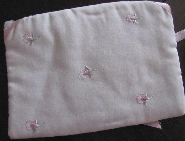 close up 2 vintage antique white linen hanky bag pink ribbons rosebuds