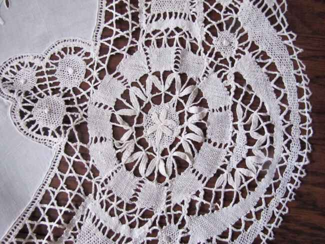 close up 4 vintage antique handmade round tablecloth Cluny and figural lace