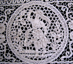 vintage cantu handmade figural lace placemats