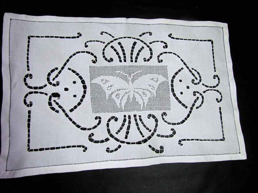 vintage antique table runner handmade figural lace butterfly