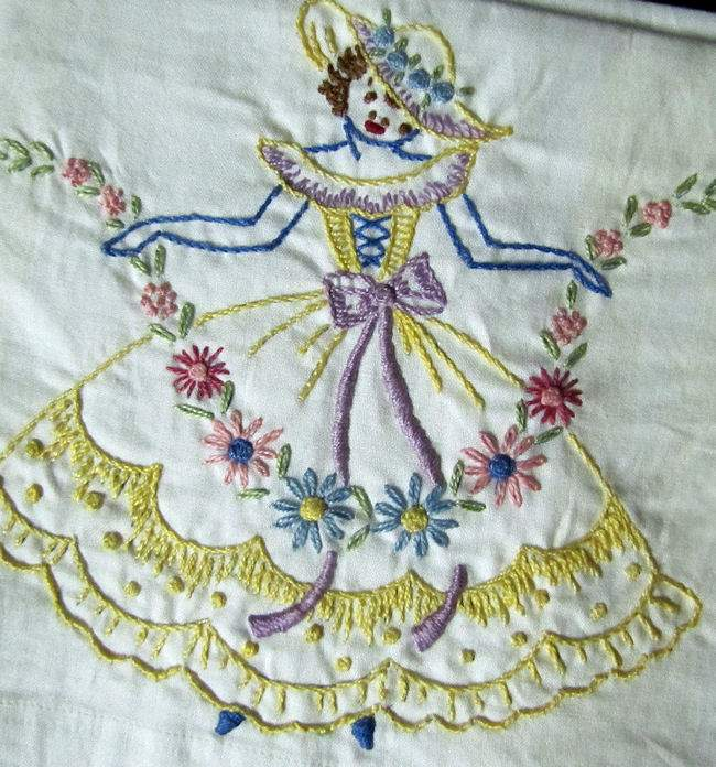 close up 2 vintage sheet set topsheet pair his and hers pillowcases Southern Belles