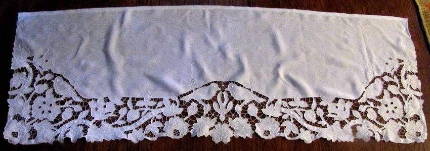 close up 1 vintage antique double pillow sham handmade figural lace