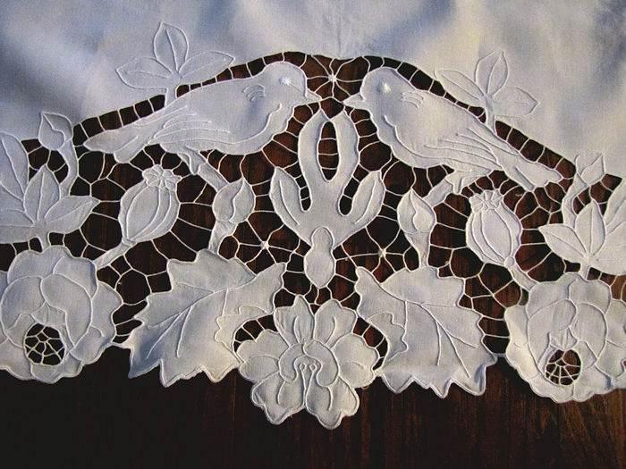 close up 4 vintage antique double pillow sham handmade figural lace