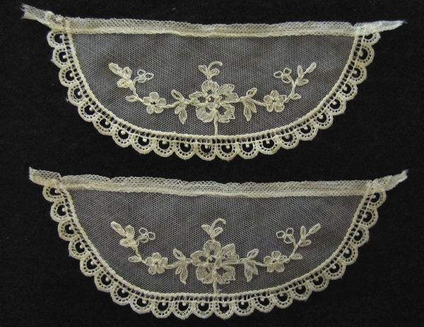 vintage antique Limerick lace cuffs