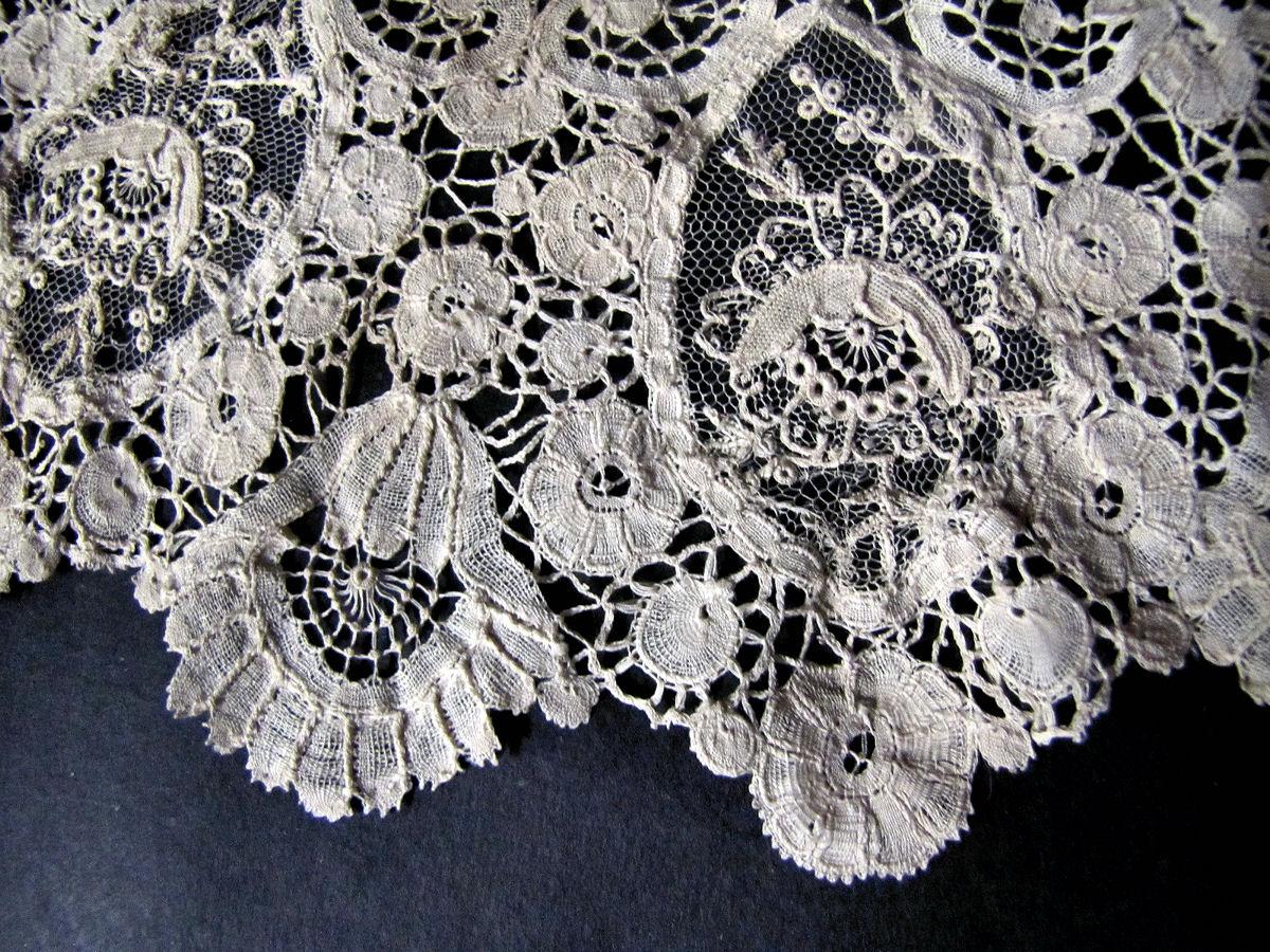 close up 2 vintage antique handmade Brussels lace with point de venise