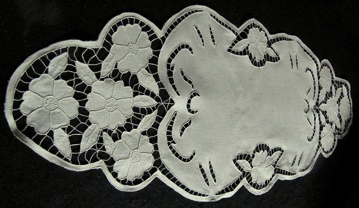vintage antique linen table runner dresser scarf handmade lace and embroidery