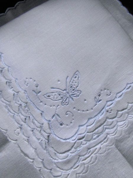 figural lace on white linen Madeira Napkins