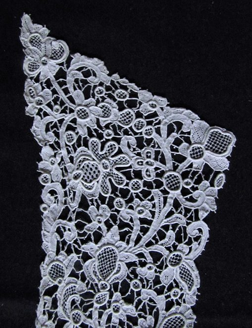 top point antique victorian lace collar