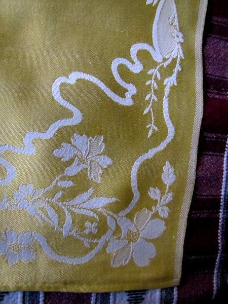 corner vintage figural damask napkins