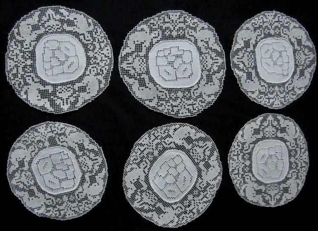 vintage handmade figural  lace cocktail napkins