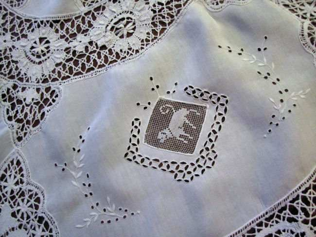 close up 5 vintage antique handmade white linen tablecloth with figural lace