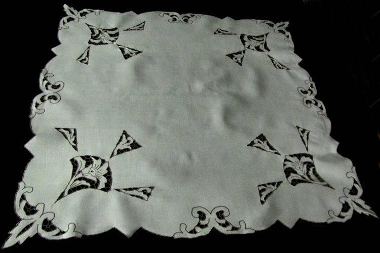 vintage antique table topper art deco style handmade lace