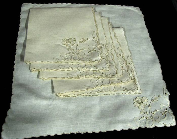 vintage linen dinner napkins hand embroidered