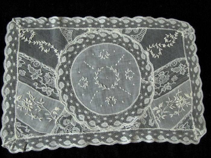 single normandy lace placemat 4