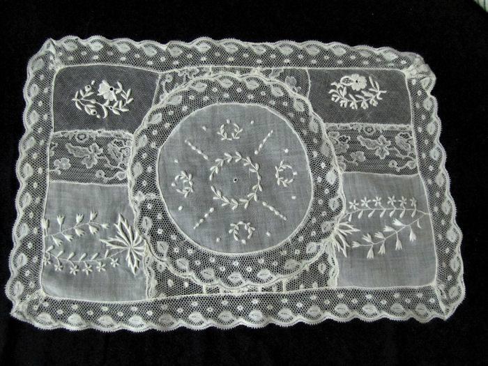 single vintage normandy lace placemat 5
