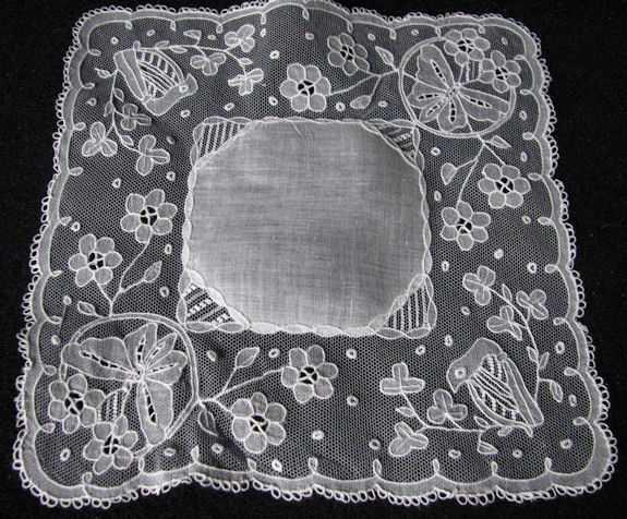 vintage wedding hanky carrrickmacross lace