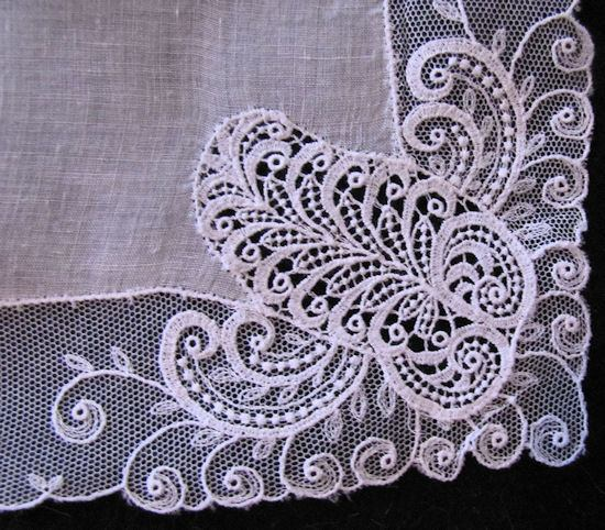vintage antique wedding bride's hanky close up schiffli lace