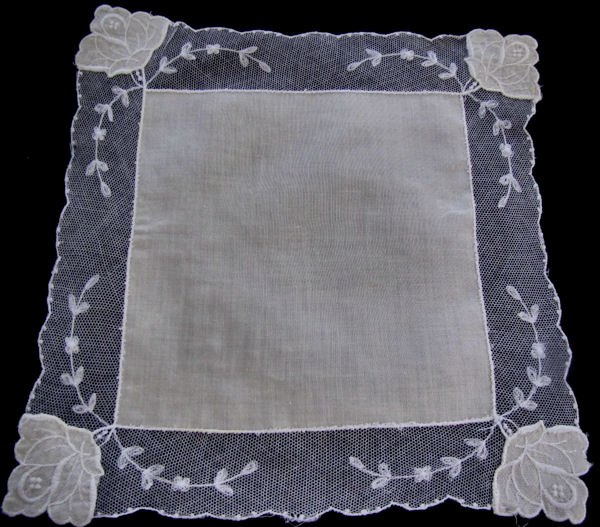 vintage antique bridesmaid hanky with Limerick lace