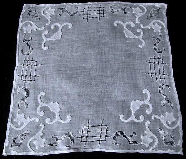 vintage whitework hanky with handmade lace and applique