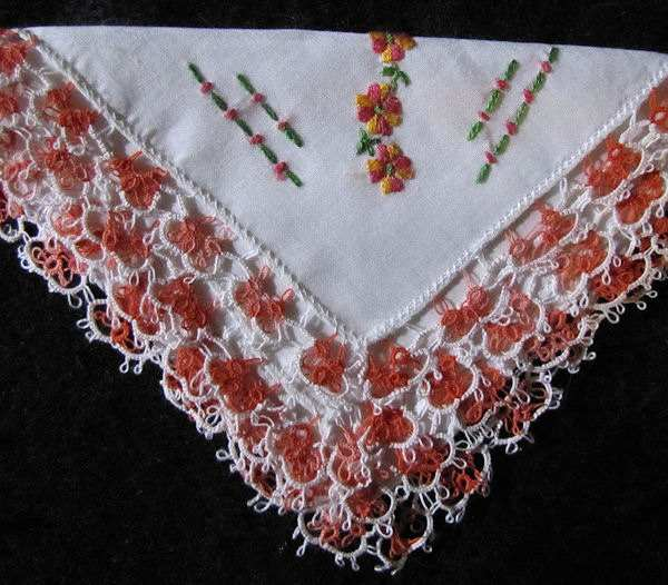 vintage Irish linen hanky handmade tatted lace