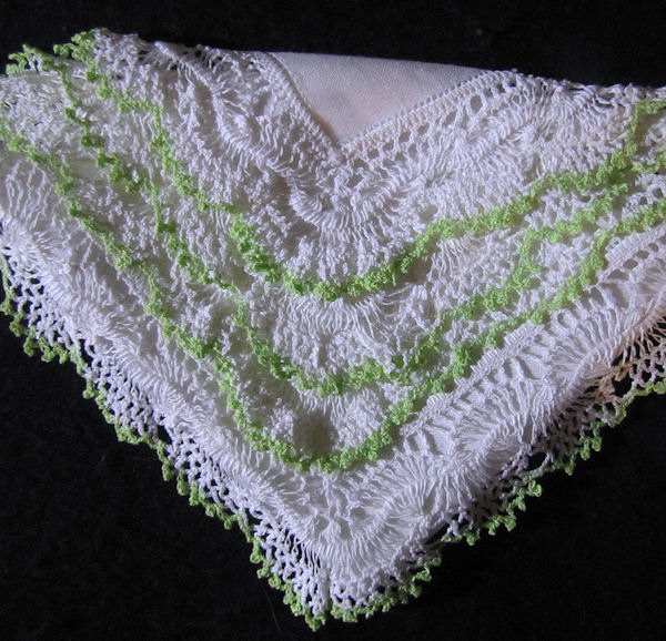 vintage irish linen hanky with handmade lace