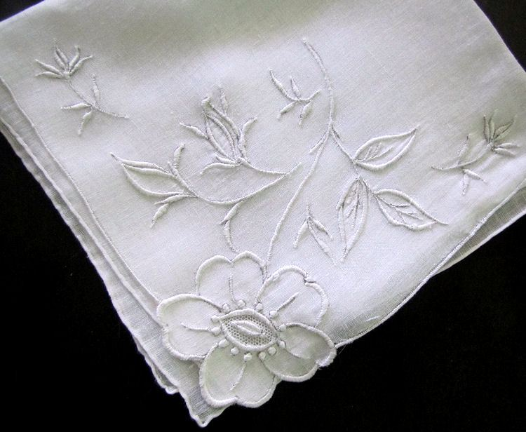 vintage handmade whitework hanky applique and embroidery