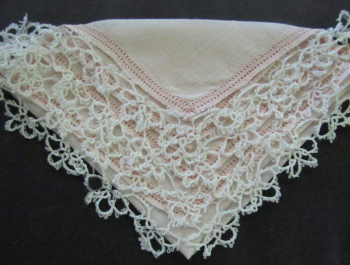 vintage antique pink irish linen hanky handmade tatted lace