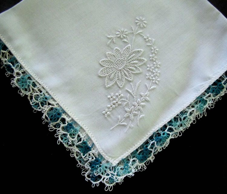 vintage antique irish linen hanky handmade tatted lace and whitework