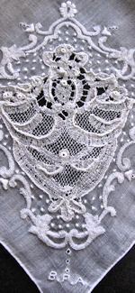 vintage handmade whitework hanky bobbin lace