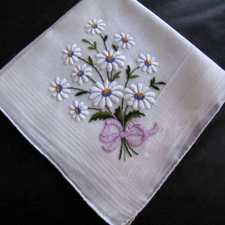 vintage antique embroidered daisies hanky