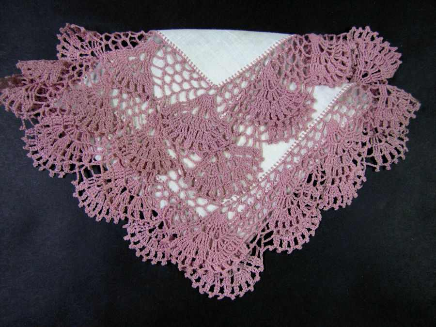 vintage antique irish linen hanky with handmade lace