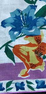 vintage floral print hanky lilies