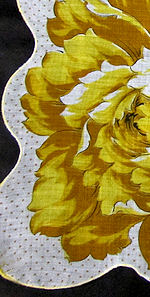 vintage round floral print hanky single yellow blossom