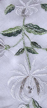 vintage embroidered chrysanthlemum hanky