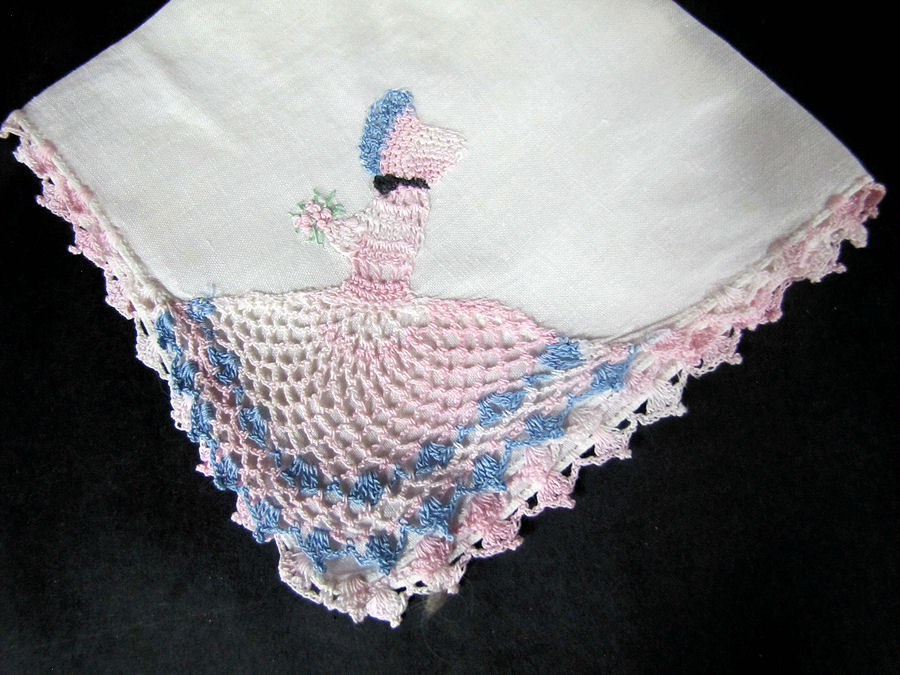 vintage antique irish linen  hanky handmade figural lace