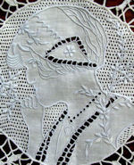 figural appenzell lace table runner