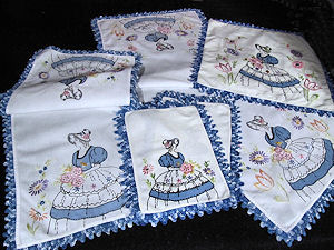 vintage antique bedroom doilies set