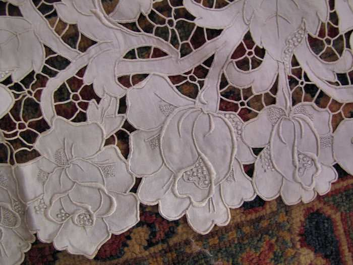 close up 2 vintage antique white linen tablecloth handmade lace and embroidery