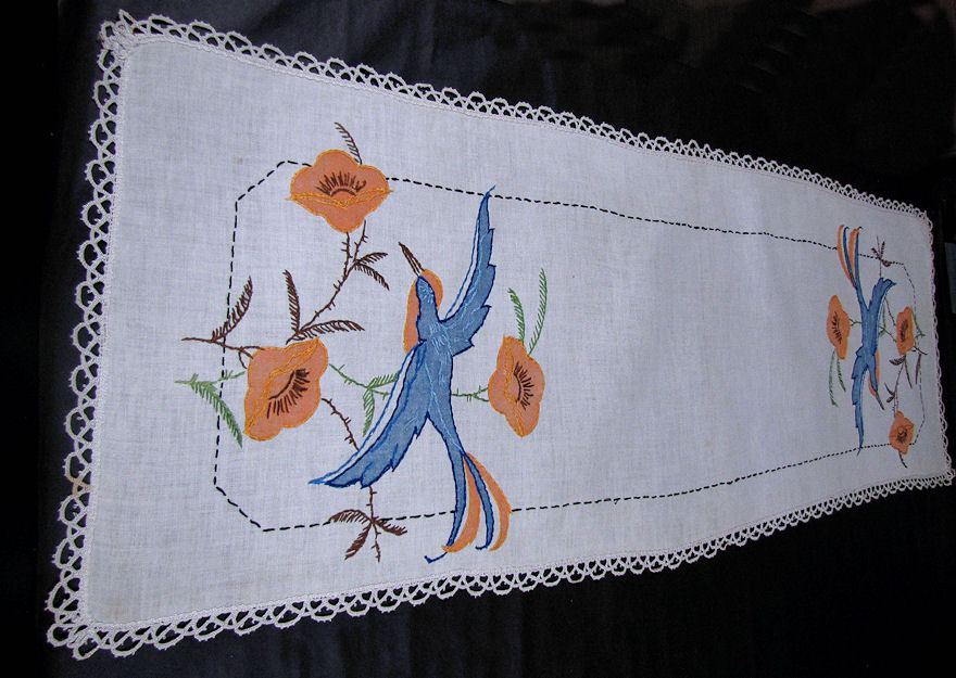 vintage antique table runner handmade arts and crafts bluebird